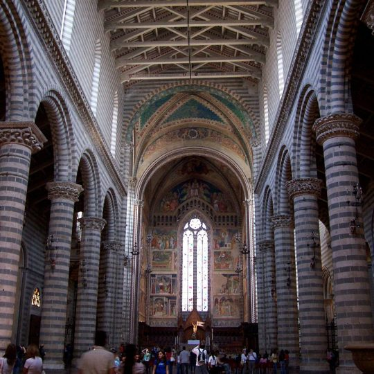https://www.ilgiuncheto.it/wp-content/uploads/2016/10/Orvieto2-interno-duomo-540x540.jpg