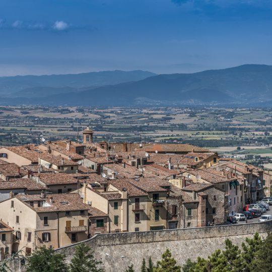 http://www.ilgiuncheto.it/wp-content/uploads/2017/01/Montepulciano4-540x540.jpg
